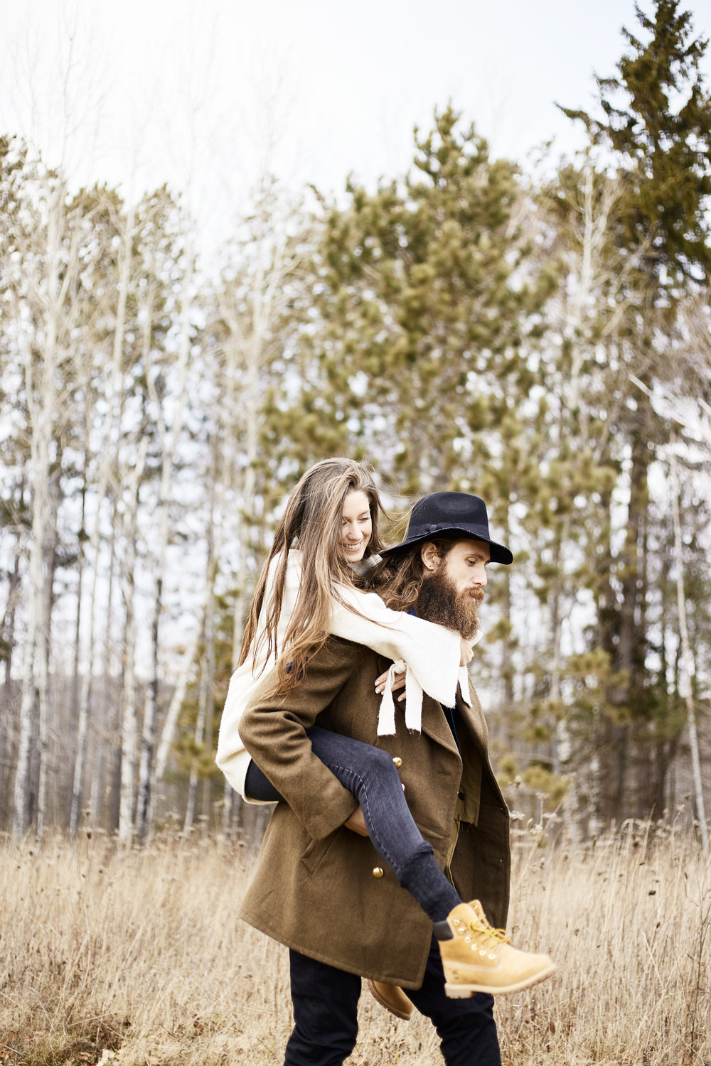 MacKenzie-King-Estate-Couples-Session- 24.jpg