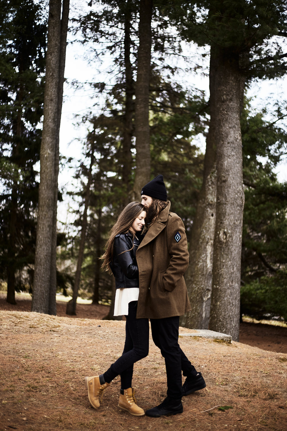MacKenzie-King-Estate-Couples-Session- 550.jpg