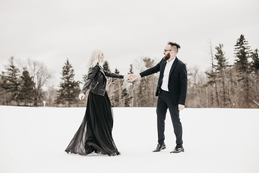 Ottawa-Elopement-Engagement-Photographer-39.jpg