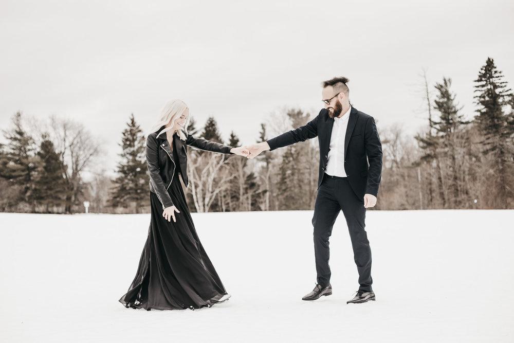 Ottawa-Elopement-Engagement-Photographer-40.jpg