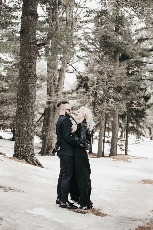 Ottawa-Elopement-Engagement-Photographer--7.jpg