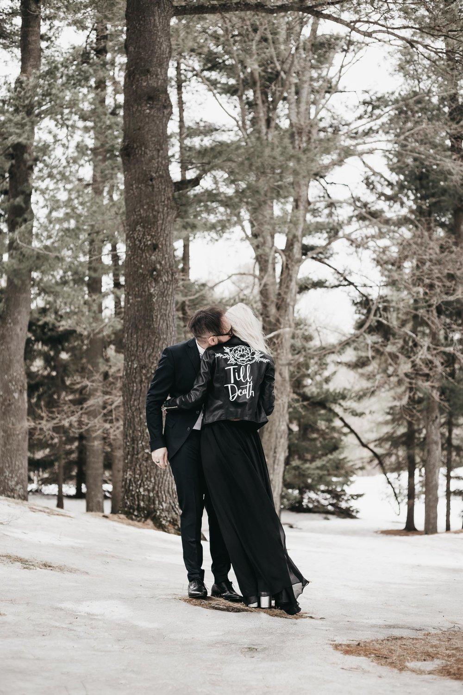 Ottawa-Elopement-Engagement-Photographer--10.jpg