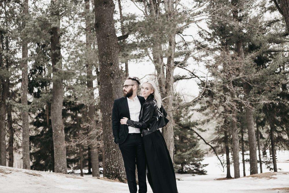 Ottawa-Elopement-Engagement-Photographer--11.jpg