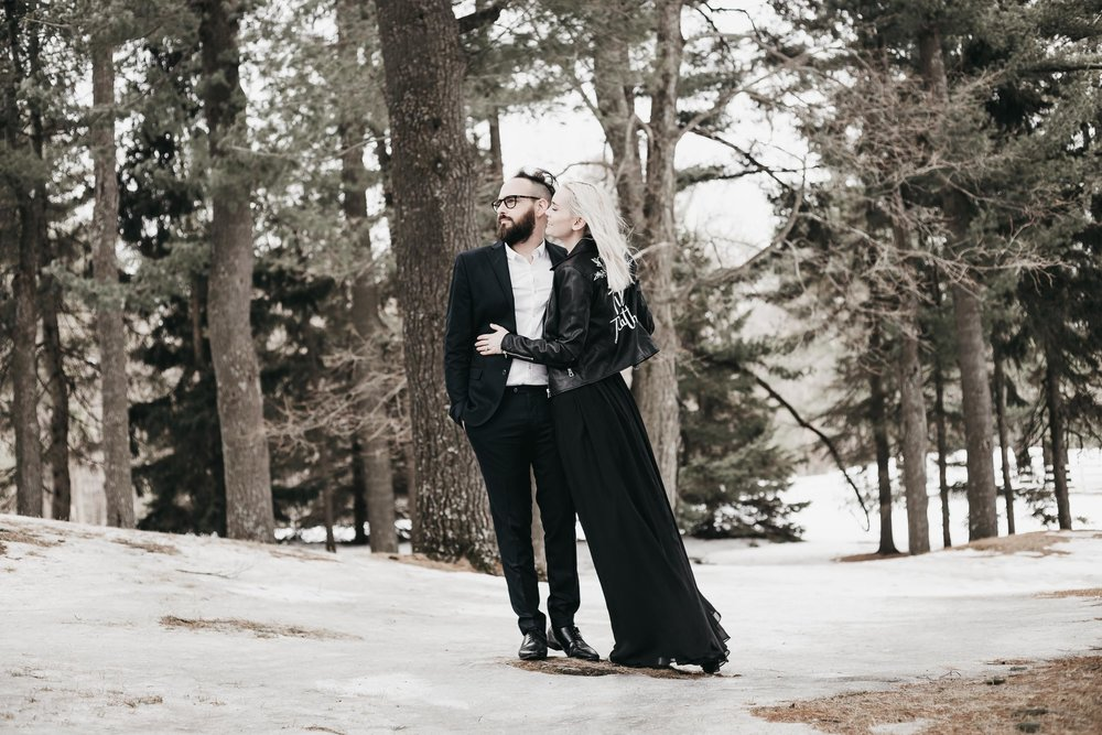 Ottawa-Elopement-Engagement-Photographer--12.jpg