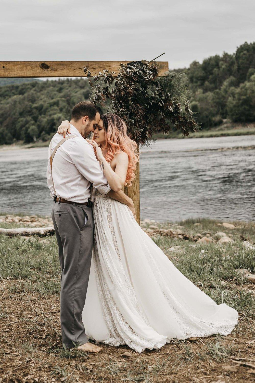 ottawa-elopement-wedding-photographer-0299.jpg