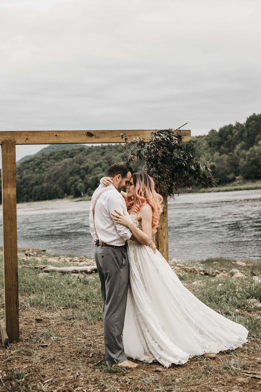 ottawa-elopement-wedding-photographer-0300.jpg