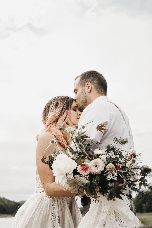 ottawa-elopement-wedding-photographer-9738.jpg