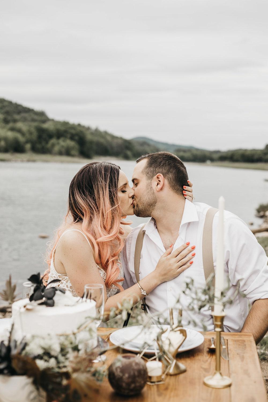 ottawa-elopement-wedding-photographer-0056.jpg