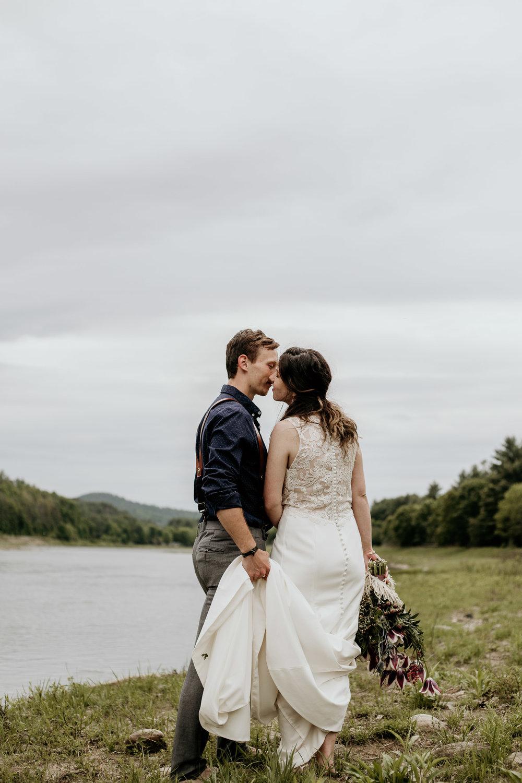 ottawa-elopement-wedding-photographer-0570.jpg