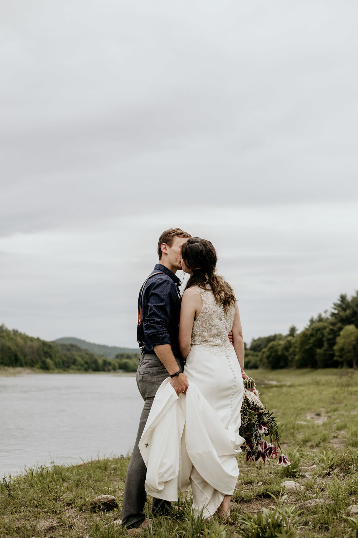 ottawa-elopement-wedding-photographer-0571.jpg