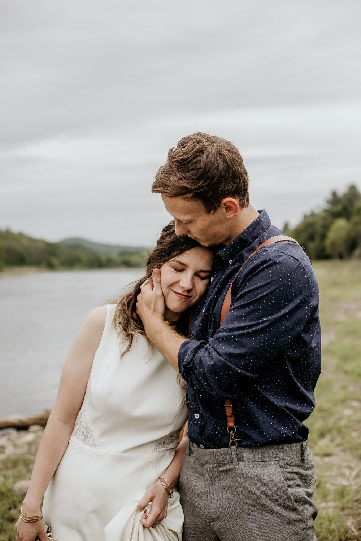 ottawa-elopement-wedding-photographer-0600.jpg