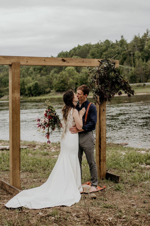 ottawa-elopement-wedding-photographer-0796.jpg