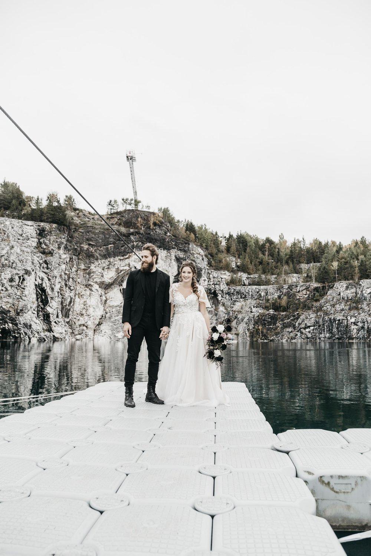 intimate-wedding-elopement-photographer-ottawa-toronto-9941.jpg