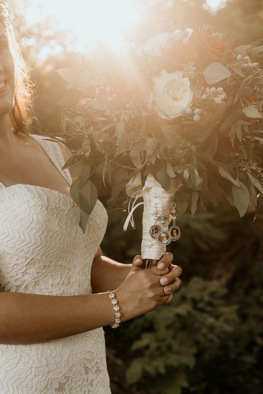 intimate-wedding-elopement-photographer-ottawa-toronto-8003.jpg
