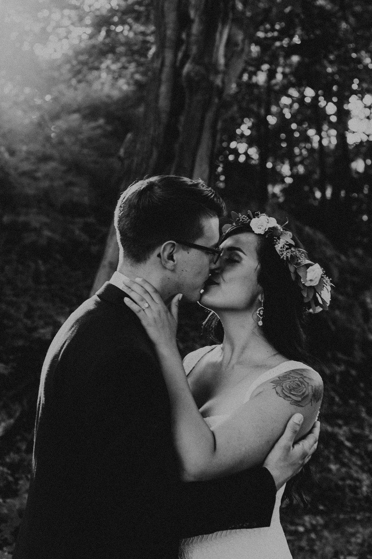 intimate-wedding-elopement-photographer-ottawa-toronto-8066.jpg