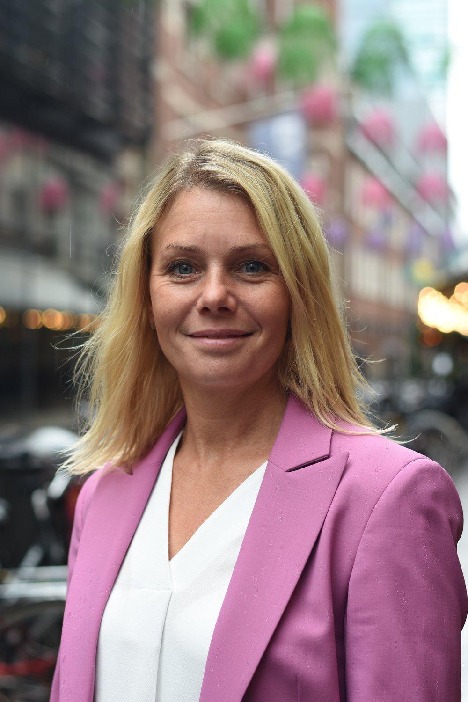 Pernilla Ramslöv (CEO/Founder)    +4670 269 31 50    pernilla.ramslov@noxconsulting.se