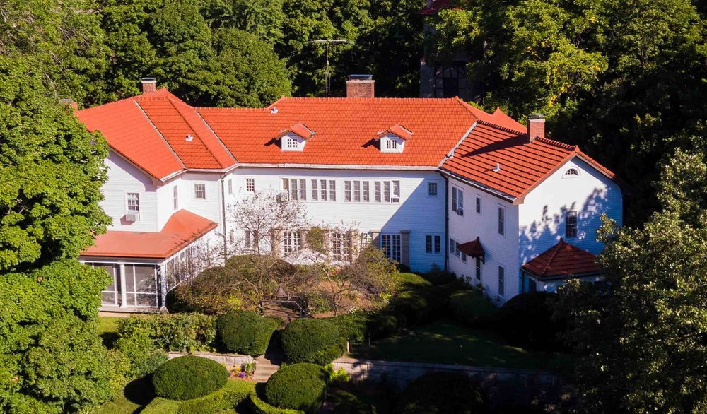 "This mansion has been in the family for eight generations and was built by John Dean Gillett known as the ""Cattle King of the World"""