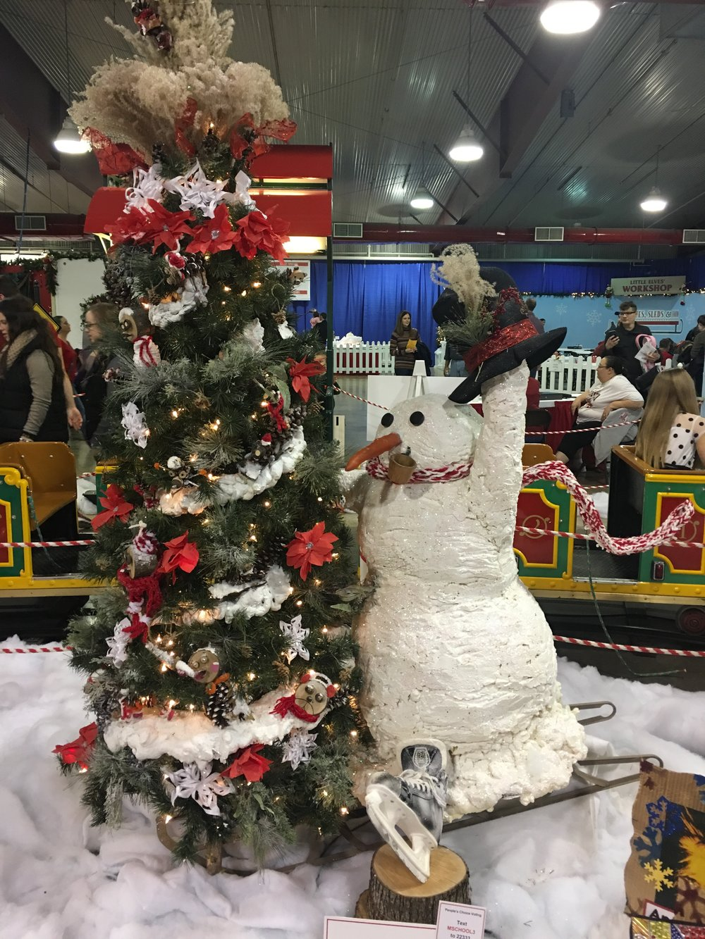 This was one of our favorite trees at the Festival of Trees event.   Cindy Ladage
