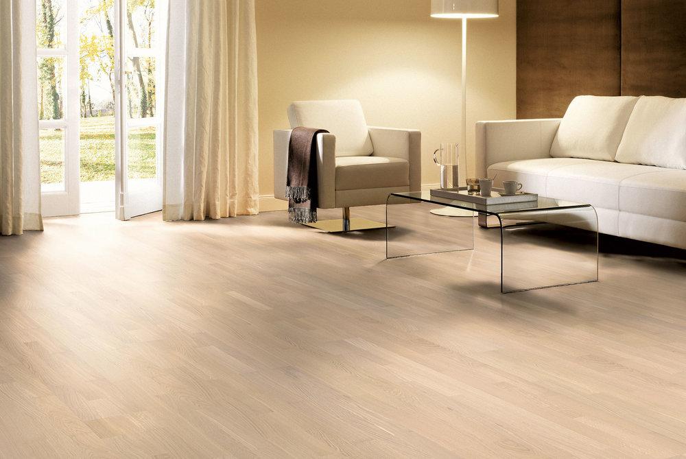 OCEANO 3-strip: oak white - sanded and Natur white oil - Classic grade