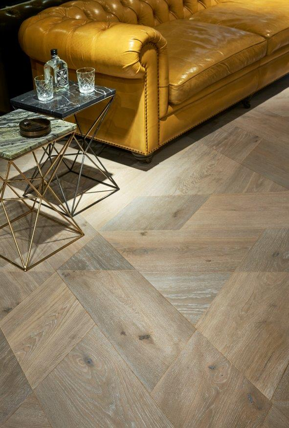 Hain trapezoid oak flooring