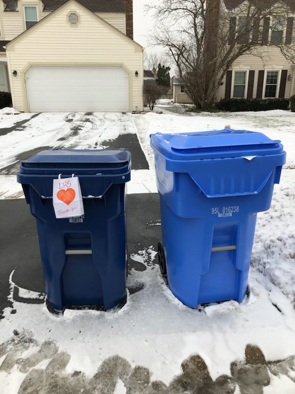 This neighborhood is starting Random Acts of Kindness Week with a little thank you to the garbage carriers!!