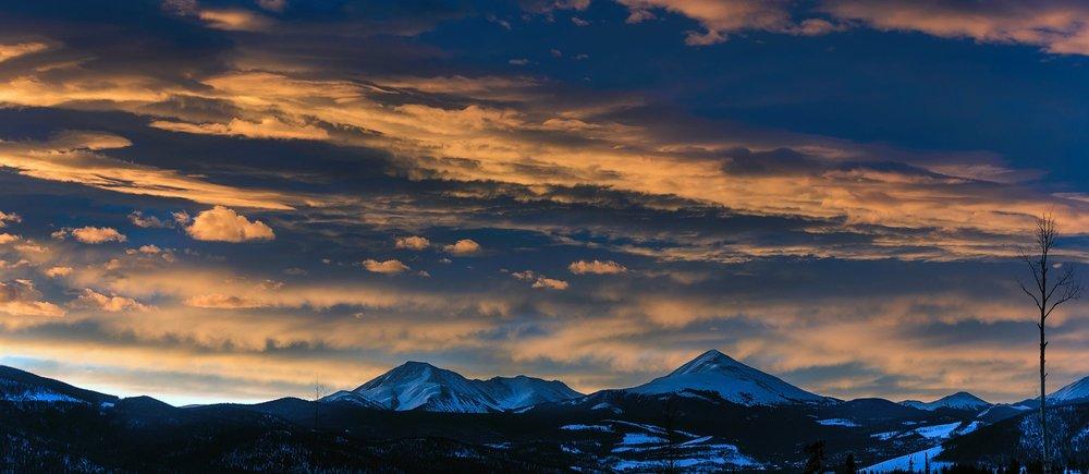 sunset-2098348_1920.jpg