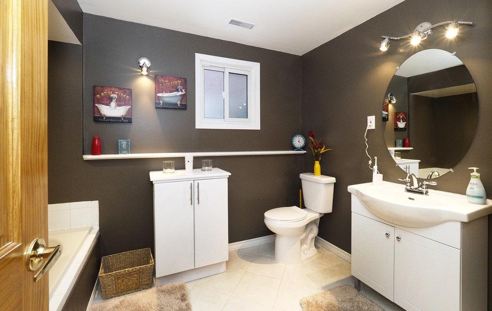 65 Lower bathroom.JPG
