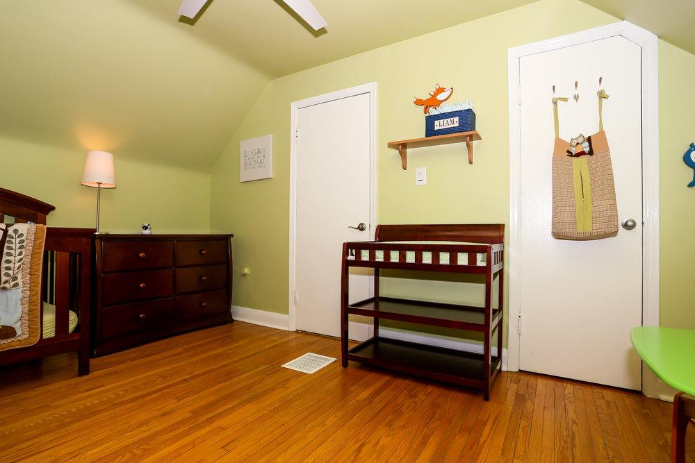 31 Bedroom 2.jpg