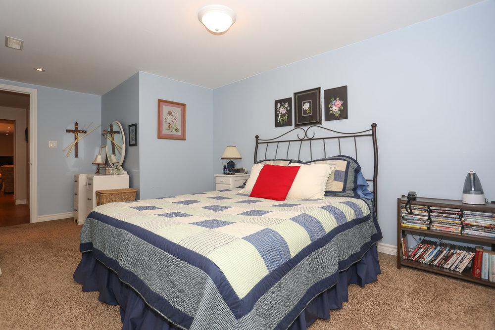 58 Bedroom.jpg