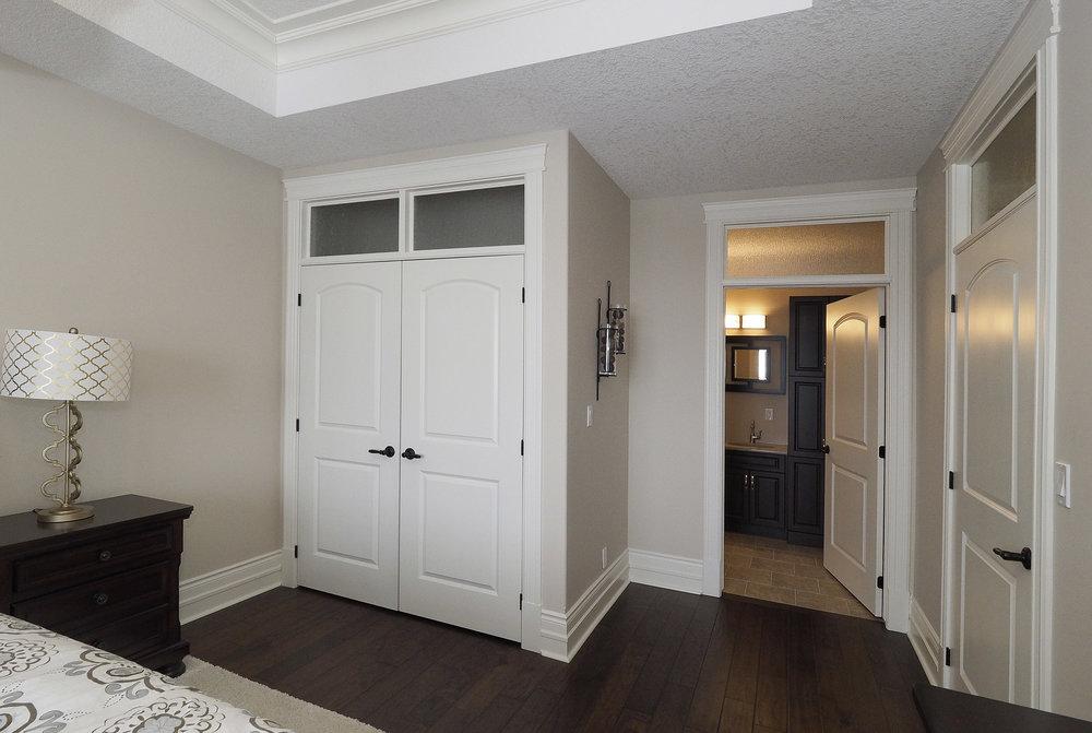 53 Master bedroom.JPG