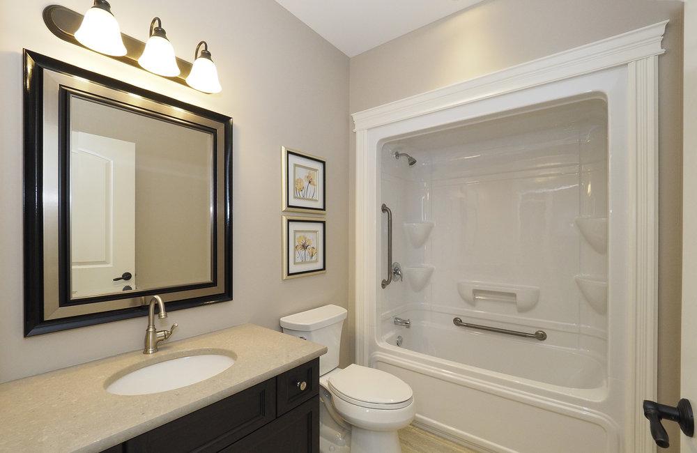 68 Bathroom.JPG