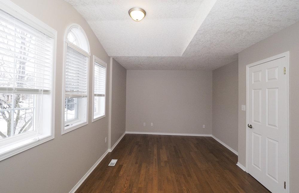 54 Master bedroom.JPG