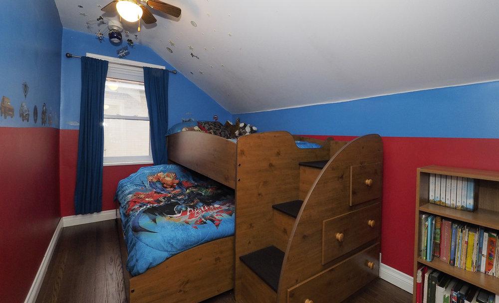 79 Bedroom three.JPG