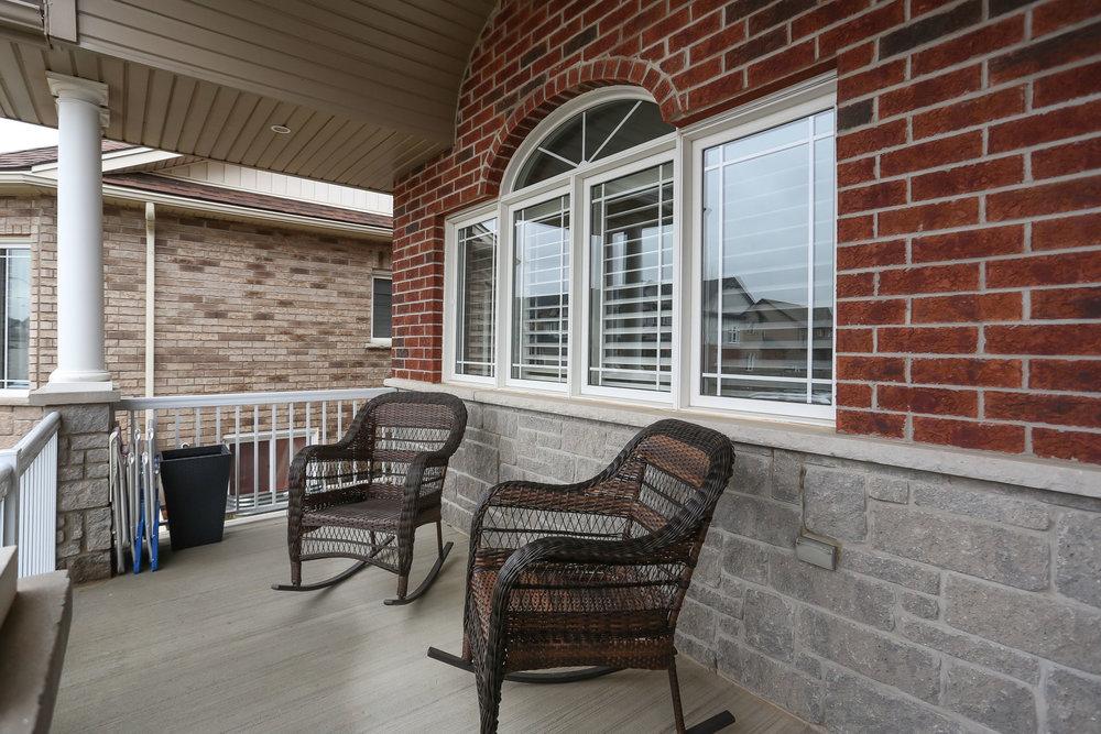 06 Porch.jpg