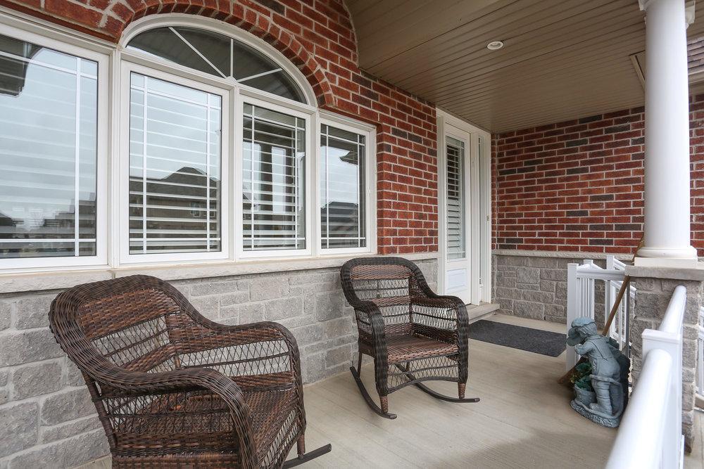 07 Porch.jpg