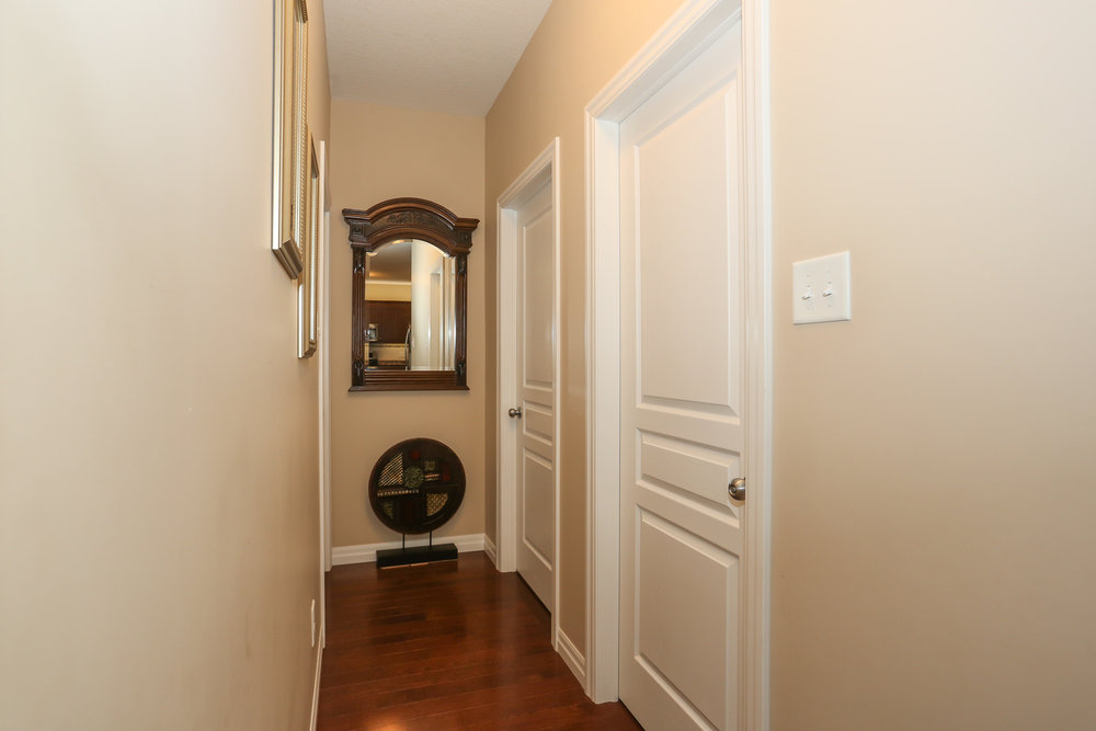 36 Hallway.jpg