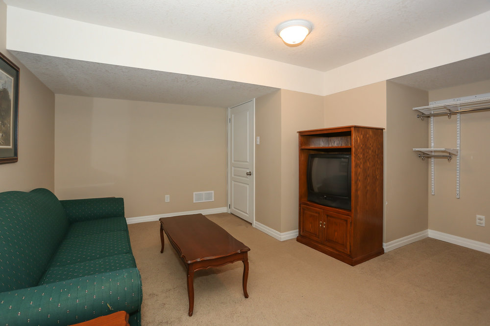 59 Spare Room.jpg