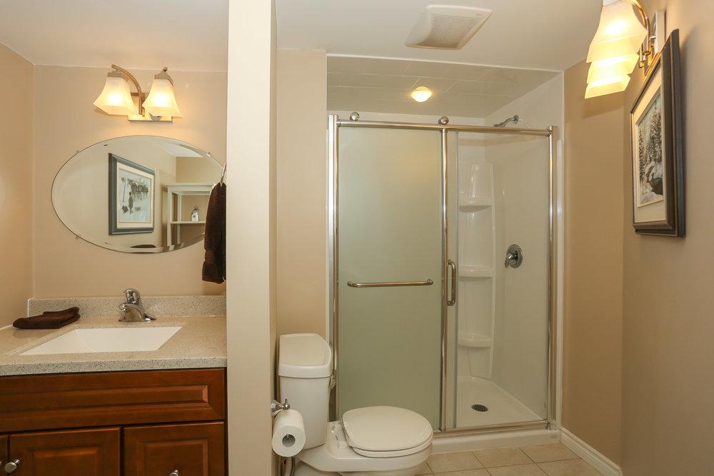 63 Bathroom.jpg