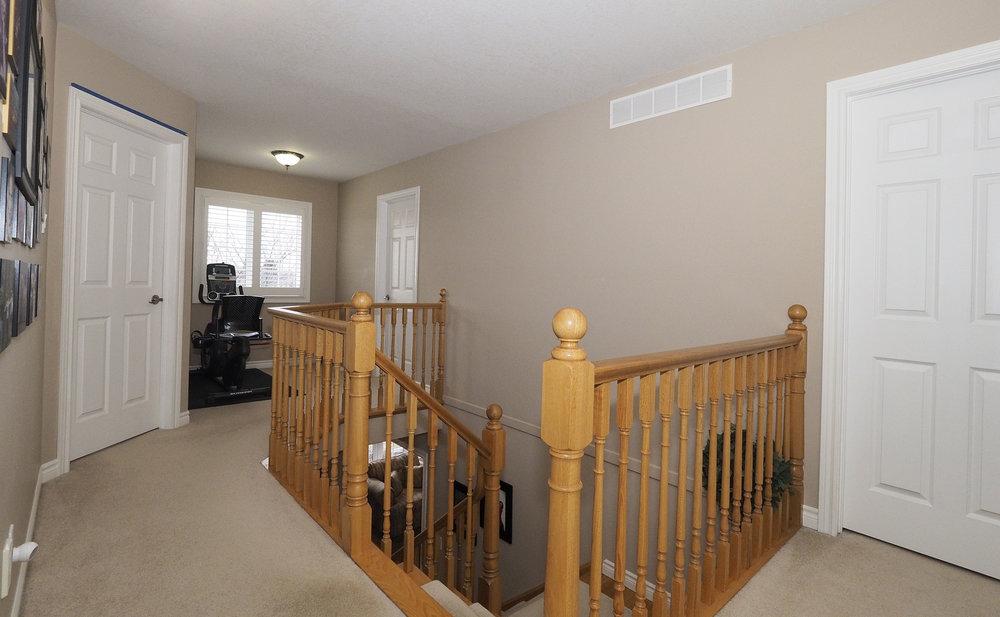 51 Upstairs hallway.JPG