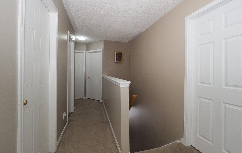 65 Upstairs hallway.JPG