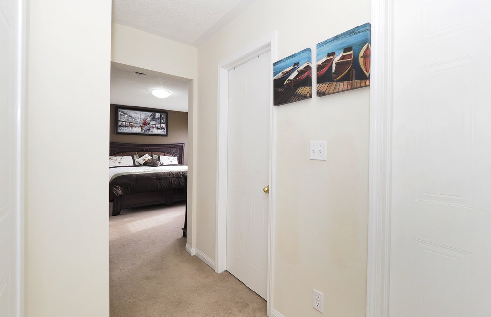 75 Master bedroom.JPG