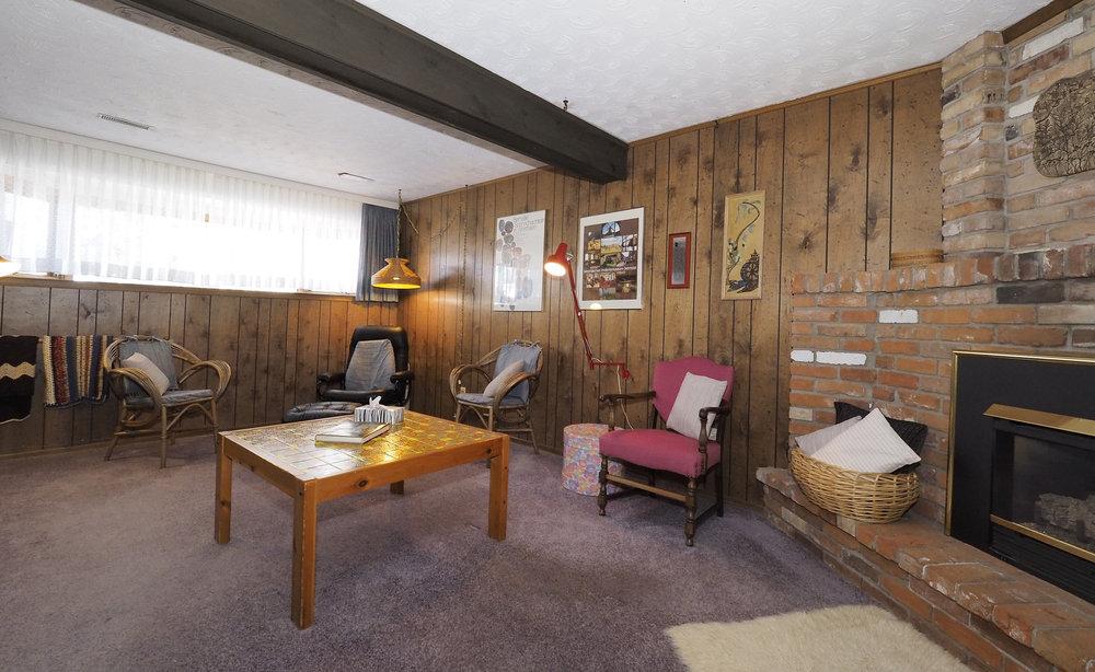 80 Rec room.JPG