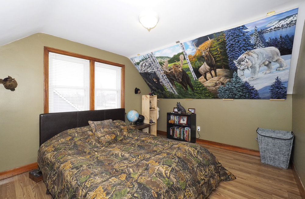 65 Upstairs bedroom.JPG