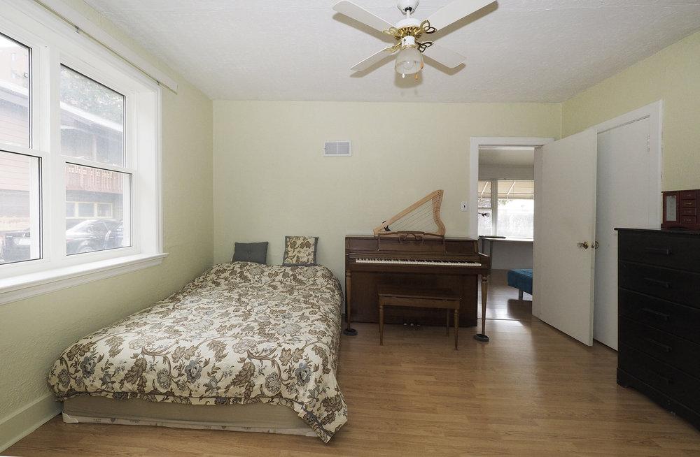 45 Bedroom - Copy.JPG