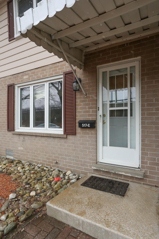 07 Front Entrance.jpg