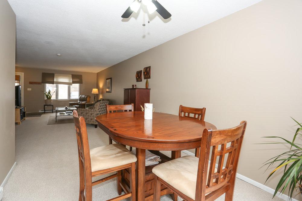18 Dining Room.jpg