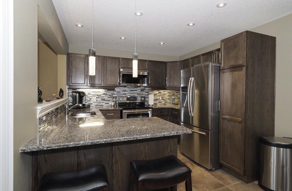 36 Kitchen.JPG