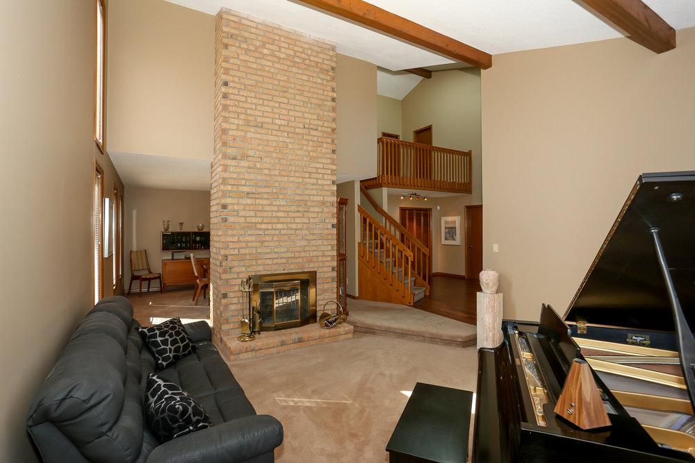 22 Living Room.jpg