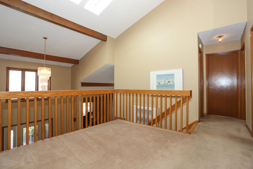 52 Hallway.jpg