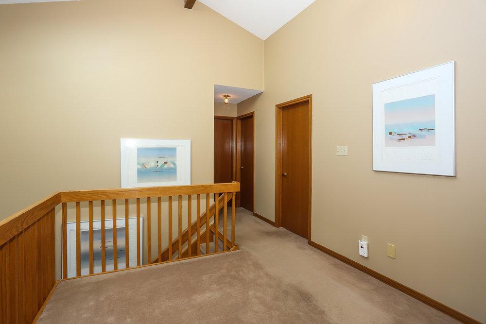 53 Hallway.jpg